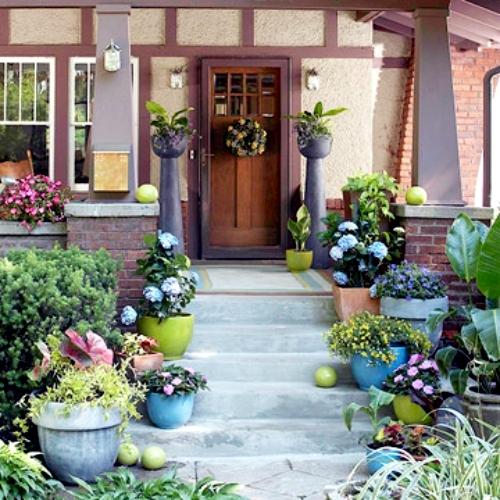 Creating A Beautiful Garden At The Entrance – Garden Design In The