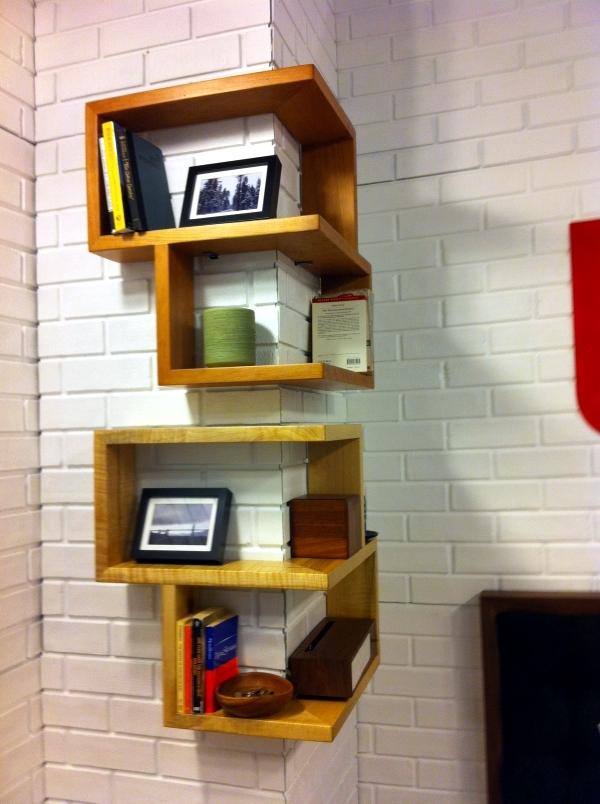 Designs For Your Self Made Corner Shelf – Space Saving Ideas For