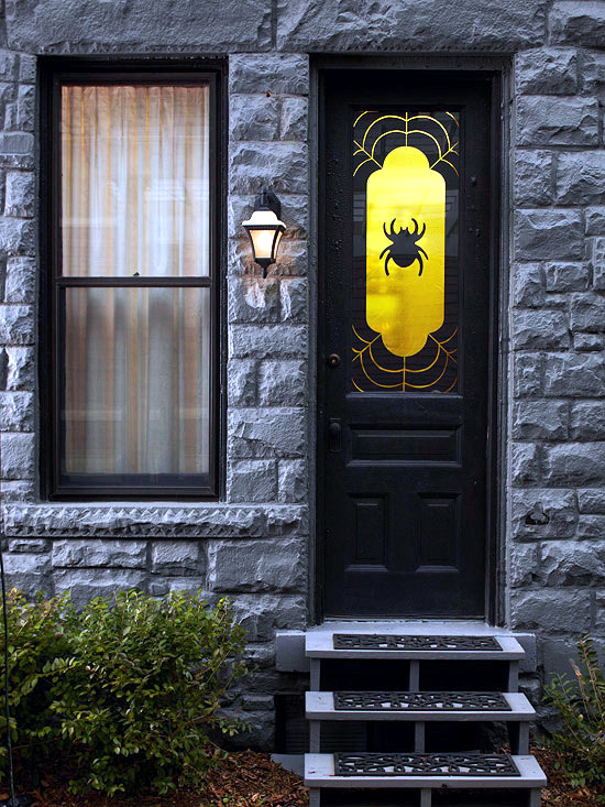 Halloween on the doorstep  spooky decoration ideas for the house entrance  Interior Design