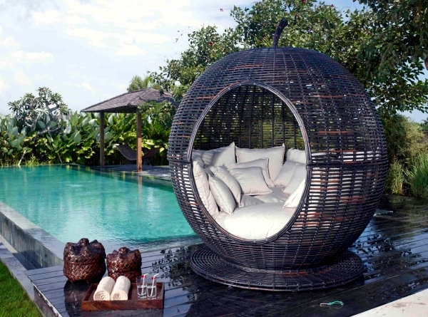 star furniture sofa table modern chesterfield singapore outdoor for relaxing – rattan lounge beds by ...