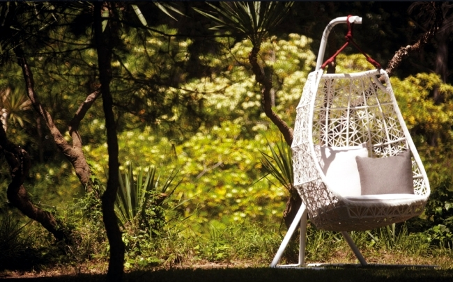 swing chair patricia urquiola design pinterest rattan hanging for more comfort and relaxation in the garden of hammock was designed impressed with a refined elegance designer