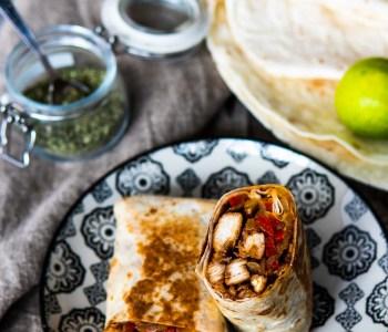 Burrito mit Hähnchen Hähnchen-Burrito Burrito Rollen Foodblog www.ofenoffen.de 2