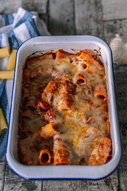 Nudelauflauf Rezept Pastaauflauf Pasta al forno vegetarischer Nudelauflauf vegetarisch www.ofenoffen.de