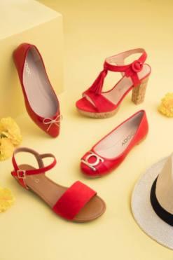 El color favorito de mama para su nuevos zapatos