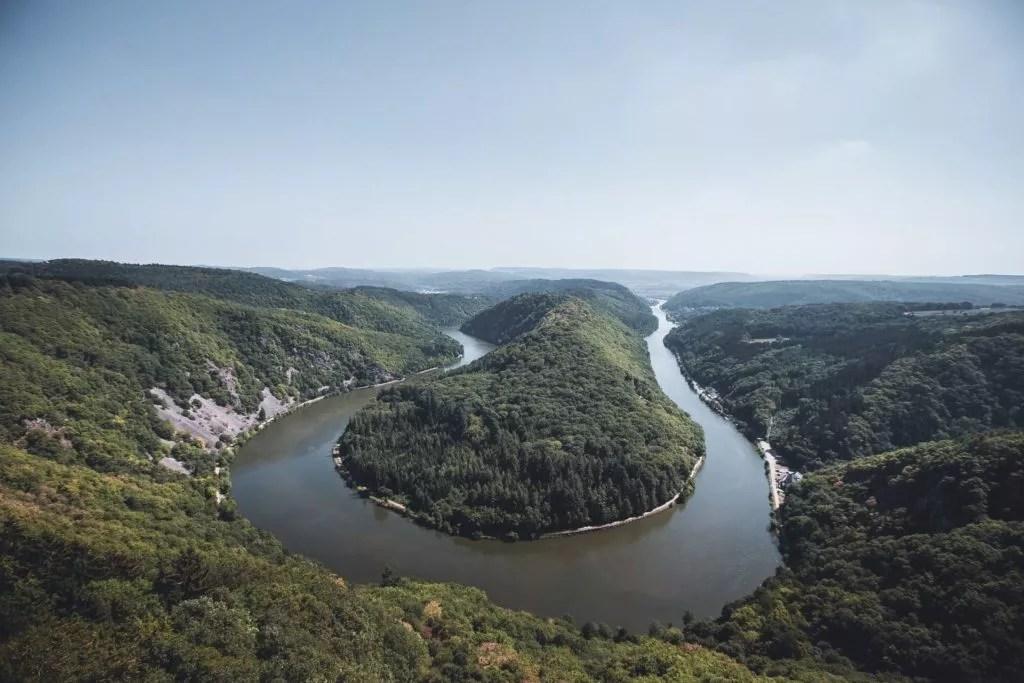 schöne Fluss in Saarland
