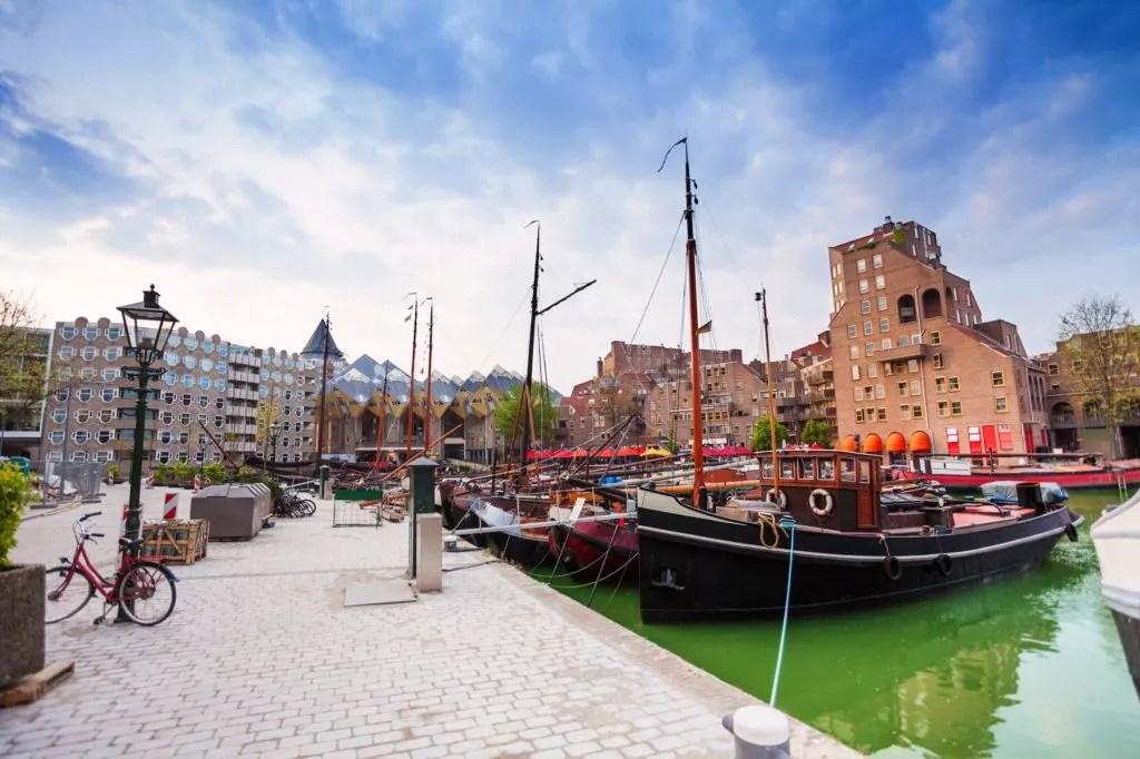 schiffe in der Rotterdam Geldersekade