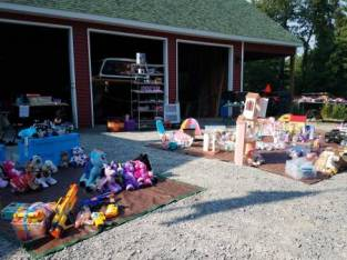 Garage Sale August 25th 9-4 (6347 Benzal Road, Middle Grove (Galway)) $12345