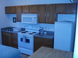 $850 mo. AVAILB NOW STUDI FULLY FURNISHED W CENTRAL HEAT & A/C (brentwood / oakley) $850