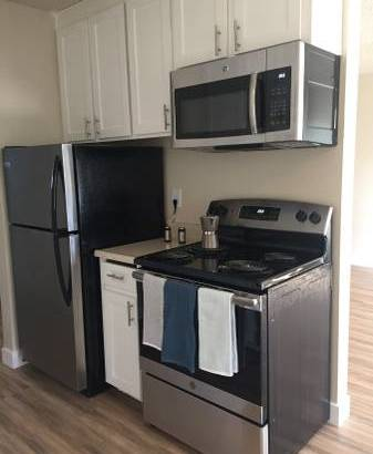 IF BRING AND CHEERY IS WHAT YOU WANT THEN CALL US 😊!!!! (san leandro) $1995 1bd 800ft2