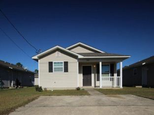 Super cute 3/2 single family home nestled in the Camshire Meadows subdivision off Gulf Beach Highway.