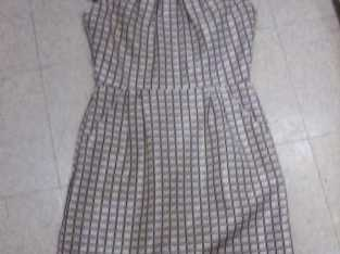 !!$$REDUCED!! $$ AGAIN!! $$ Classy Business Casual Dress w/ pockets!