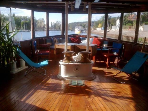 churchill yacht lounge