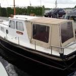 Kuiptent motorboot te Harderwijk