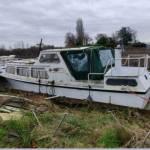 Transport van Kruiser 8m/ 5500kg, van oude Meer naar Vinkeveen.
