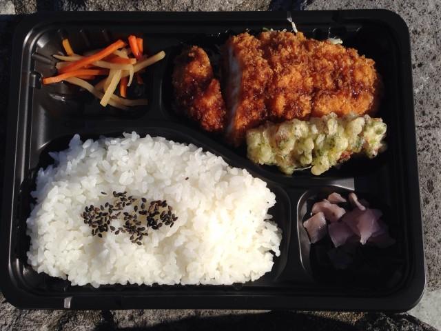 ロヂャースの「チキンカツ弁当」①