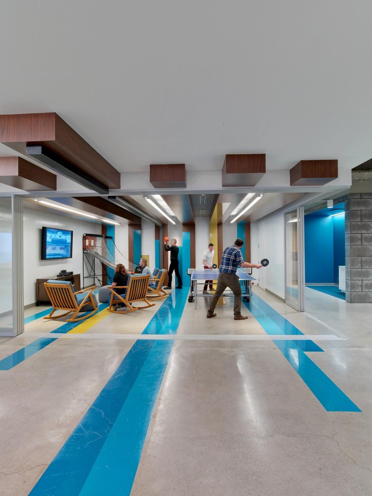 A Tour of LinkedIns Beautiful New Toronto Office