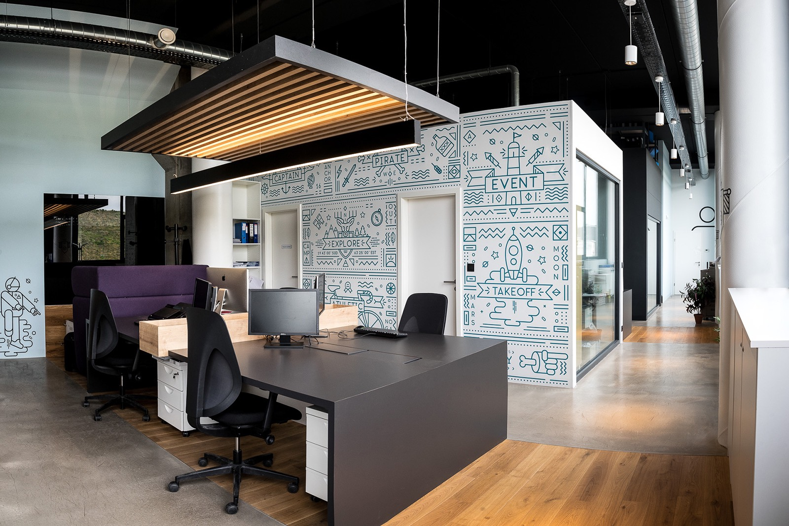 A Tour of Chamber of Commerces New Liege Office