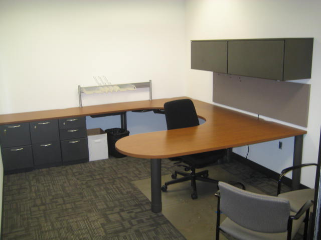 Steelcase Bullet top U shape desks  Used Office Furniture