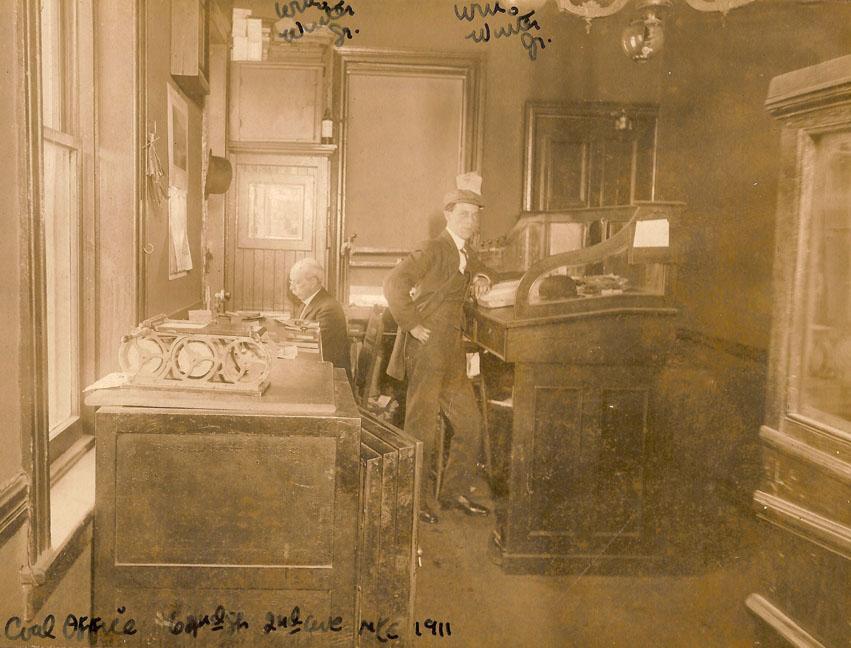 Office Photos  19101911