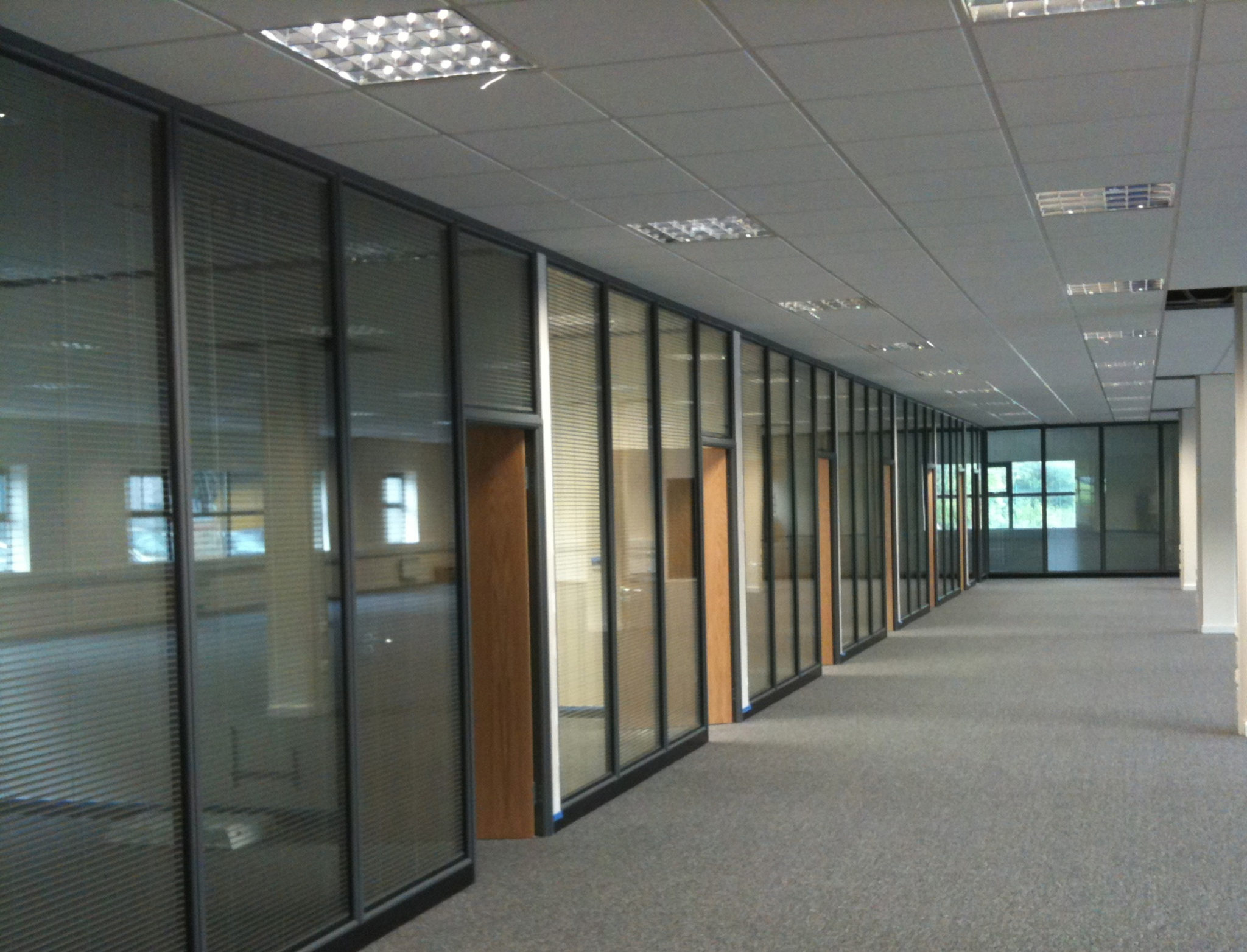 Double Glazed 75mm Grey Partition With Blinds