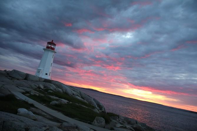 Vitinn við Peggys Cove, Nova Scotia