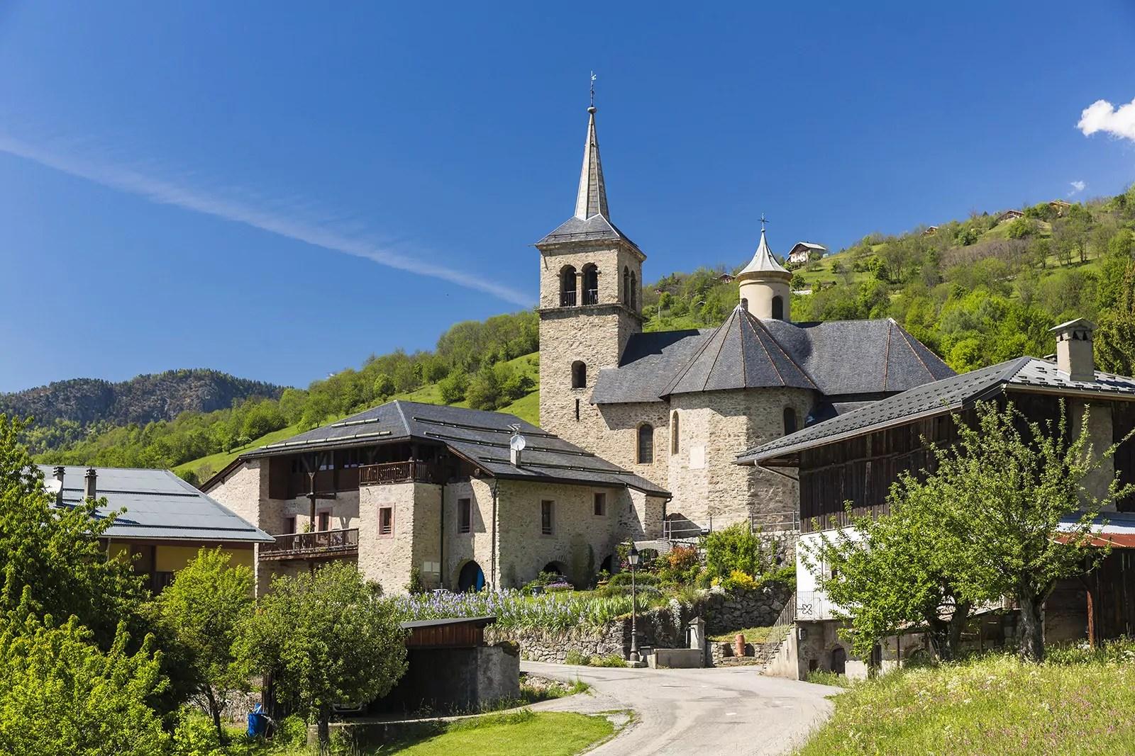 La-Léchère-Traditions-Eglise-St-Martin-VILLARGEREL