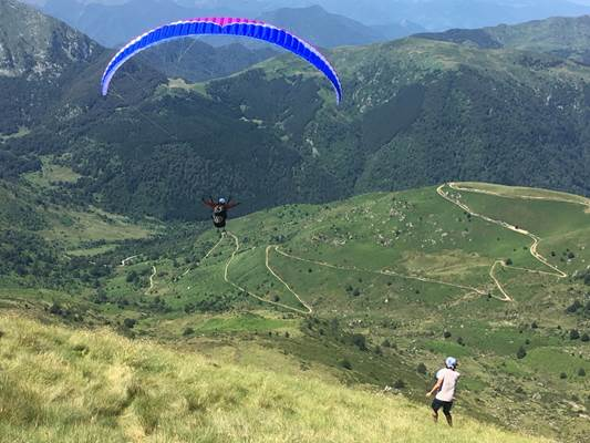 Ussatlesbains-montagnes-Tarascon-et-du-Vicdessus