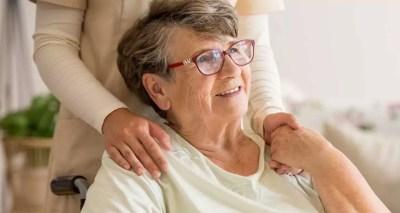Femme senior Alzheimer