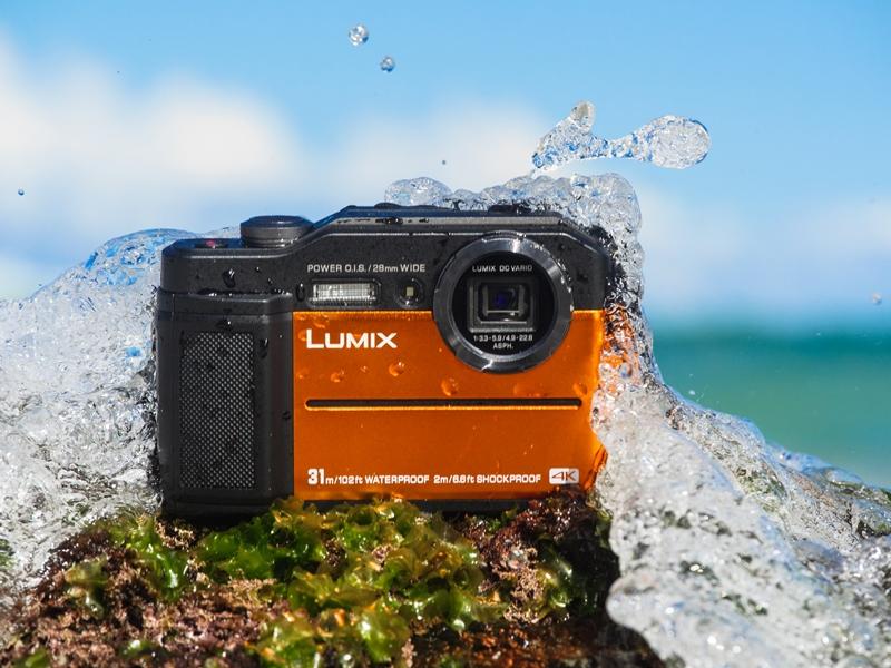 Panasonic annuncia LUMIX FT7: la nuova fotocamera 4K super resistente