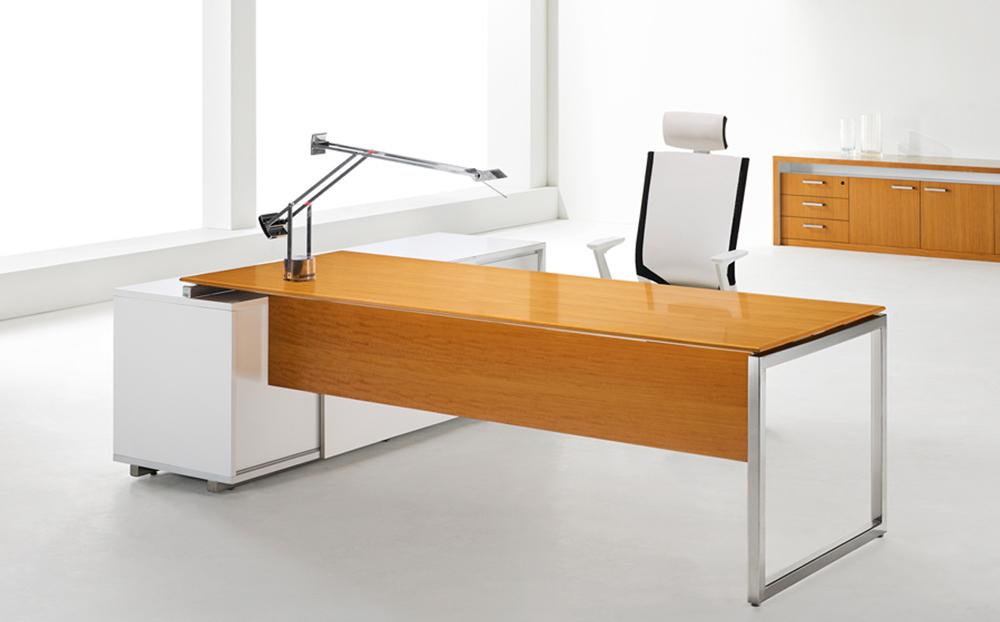 s1-series_directors-desk_1