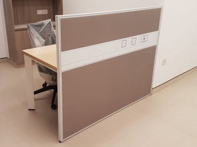 Nakano - T40 Workstation