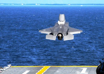 F-35B short-takeoff from USS Wasp during its first sea trials, October 2011 (Photo: Mass Communication Specialist 3rd Class Natasha R. Chalk / U.S. Navy).