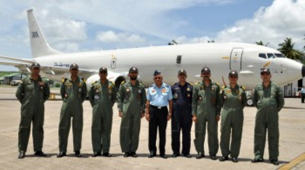 P8I crew with CINCAN 06AUG13.