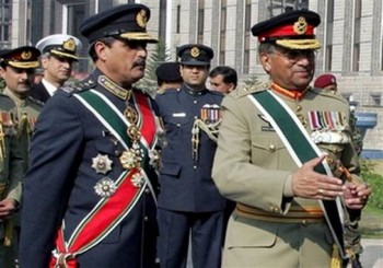 General Pervez Musharraf (right), October 1999, after his coup d'état.