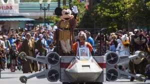 Jedi Mickey in the celebrity motorcade - Orlando Fun and Food