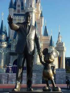 Partners-statue