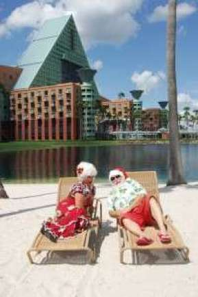 Santa & Mrs. Claus at the Swan & Dolphin