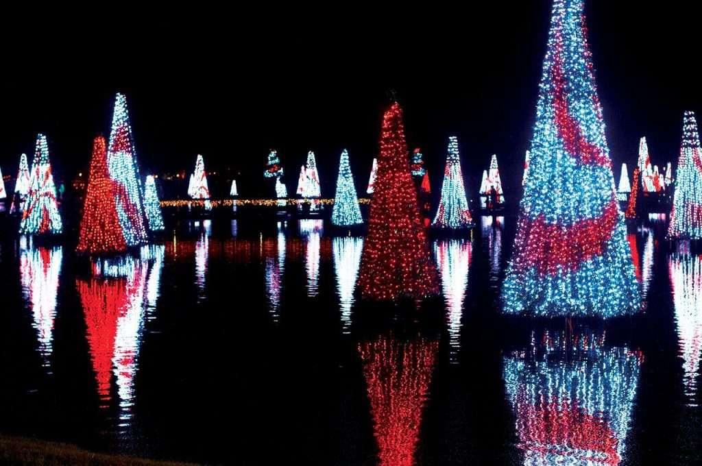 SeaWorld Orlando's Christmas Celebration