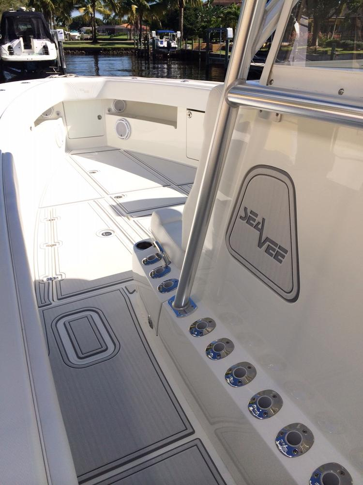 SeaDek for entire Cockpit floor of Center Console  Page 5