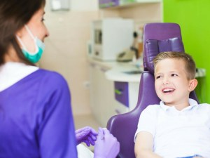 how to communicate with children at the dentist