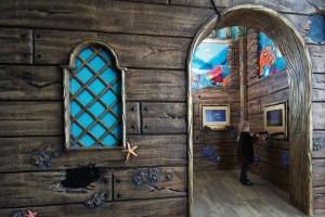 tiny teeth pirate ship game room