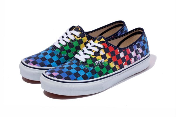 xlarge-x-vans-authentic-tie-dye-checkered-01