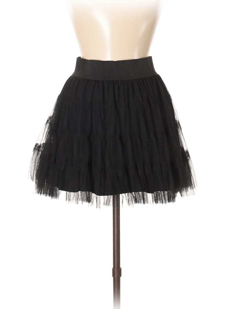 Create customized second hand Halloween costumes with items you can add to your regular wardrobe and wear again! Like this black tutu skirt, which would be perfect for a modern ballerina costume.
