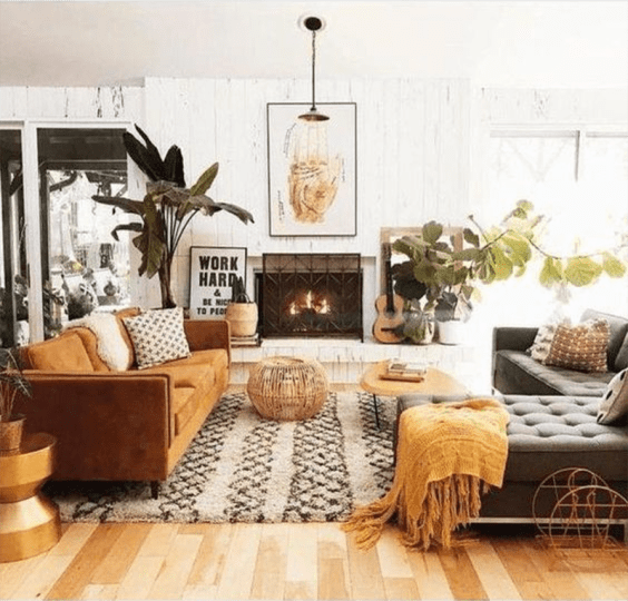 Here's how to create a modern boho living room, which balances the funky boho vibe with clean lines and neutral colours - like this one by @sunwoven.