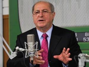 Ministro Paulo Bernardo garante que internet 4G estará disponível até o fim do mês