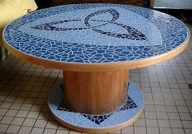 Une table haute avec un touret  Au fil de leau  Bois flott