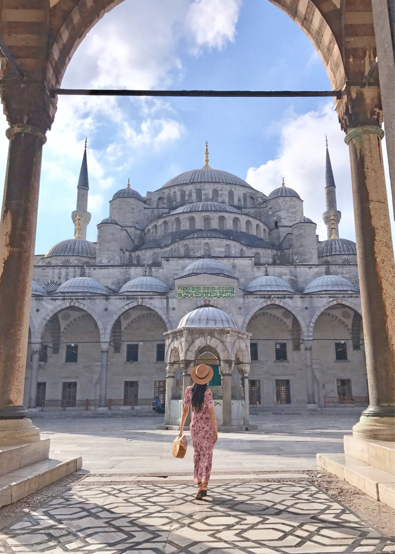 Of Leather and Lace 2017 Recap - 10 Most Instagrammable Spots in Istanbul, Turkey | Of Leather and Lace - Fashion & Travel Blog by Tina Lee | Istanbul travel beautiful places, istanbul photography, istanbul travel tips, istanbul instagram, istanbul travel outfits