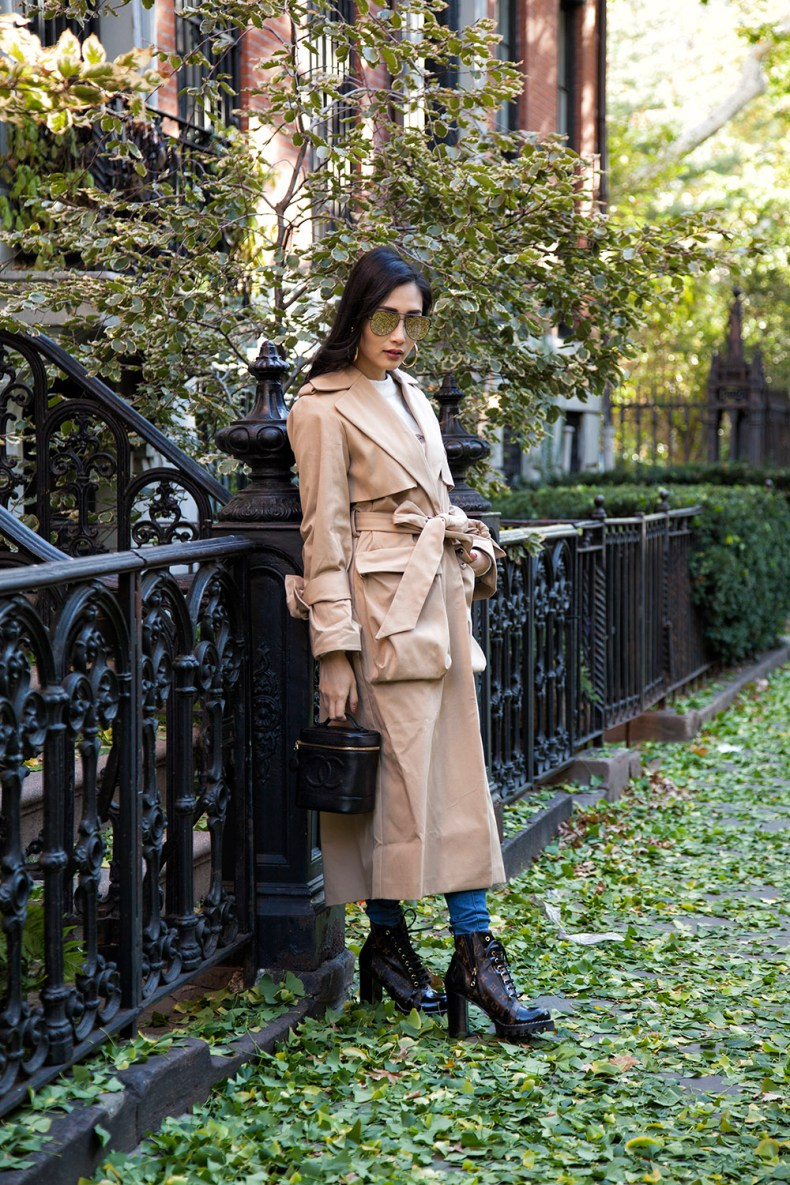 How to Style a Trench Coat for Winter - Sweater with Beige Trench Coat and Louis Vuitton Boots | in NYC | Ofleatherandlace.com