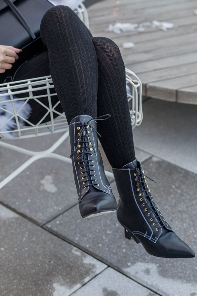 How to Achieve a Stylish Winter Outfit in NYC - Black Cable Knit Tights, Loewe Lace Up Boots, Asian Blogger, NYC Fashion Blogger | in NYC | Ofleatherandlace.com