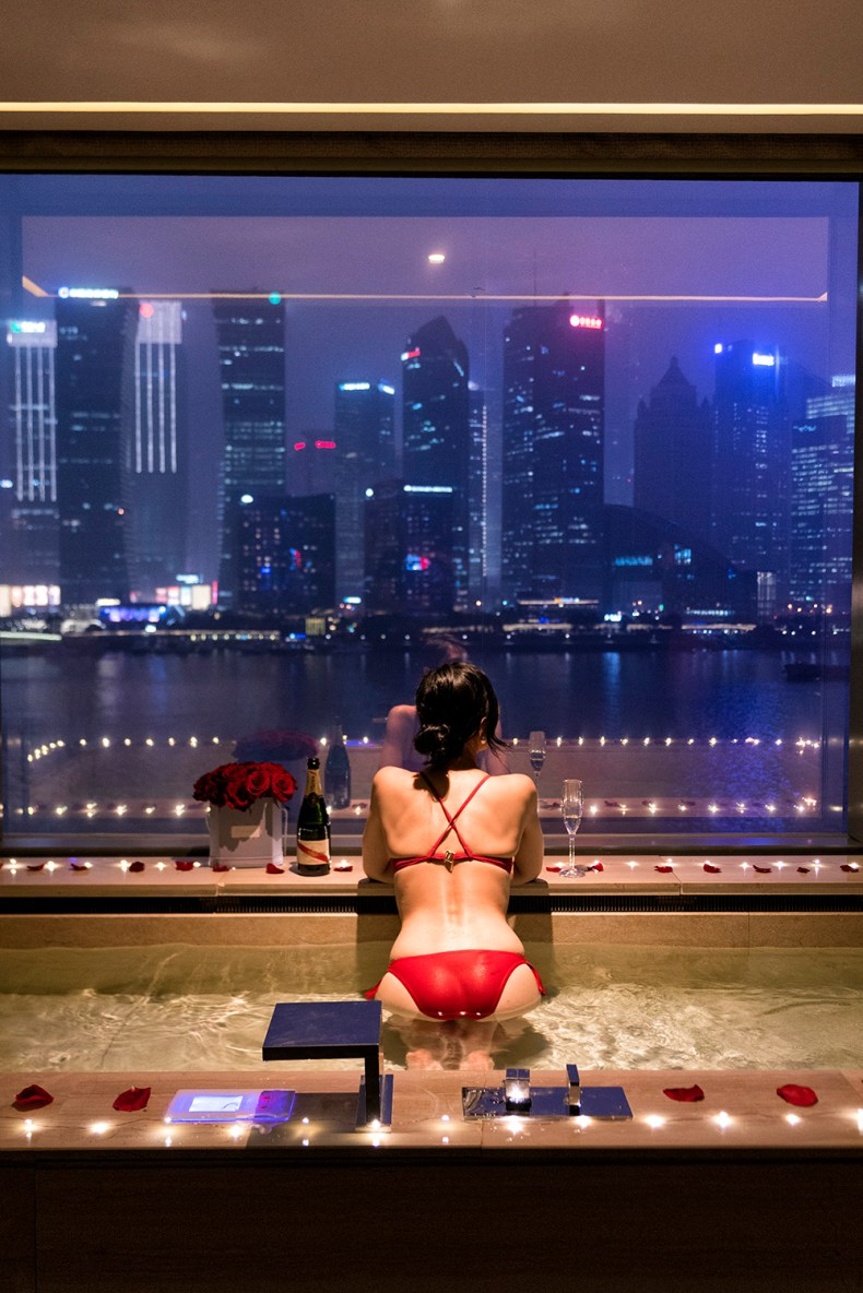 Banyan Tree Shanghai on the Bund - Hotel Room with a Pool and a View   Of Leather and Lace - Fashion & Travel Blog by Tina Lee   hotel review, shanghai city, city skyline, city view